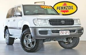 2001 Toyota Landcruiser HDJ100R GXL White 4 Speed Automatic Wagon Wynnum Brisbane South East Preview
