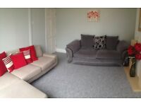 **FULLY FURNISHED** 5 BEDROOM TERRACHED HOUSE AVAILABLE FOR STUDENTS GREAT TRANSPORT LINKS