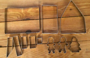 GINGERBREAD HOUSE COOKIE CUTTER SET $5