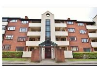 2 bedroom Flat in Salford Regent Road