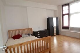 Double And Single Rooms Available Now! At North Finchley High Road