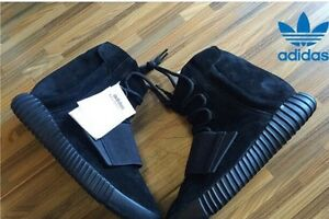 Yeezy boost 750s  authentic with tags  Kitchener / Waterloo Kitchener Area image 2