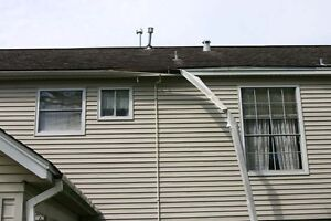 SAME DAY FAST SERVICE EAVESTROUGH REPAIR SOFFIT SIDING ROOF LEAK