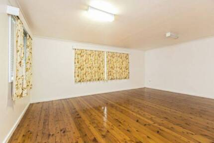 Unit for Rent inc water and electricity Eleebana Lake Macquarie Area Preview