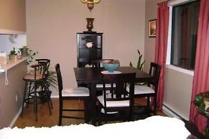 Set de cuisine 4 chaises style bistro