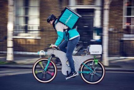 JOB Deliveroo Uber Foodora Delivery Electric Motor Bike RENT HIRE
