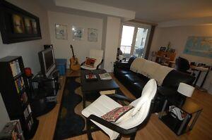 WSuites- Fantastic 1 Bedroom+Den Downtown - AVAIL  NOW!