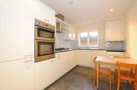 £1750 pcm, for an INCREDIBLY presented/spacious 2 DOUBLE bedroom GROUND FLOOR flat in Woodside Park!