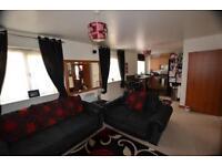 2 bedroom flat in Kendal, Purfleet, Essex, RM19