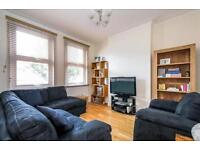 £1695 pcm, 3 bedroom unfurnished MAISONETTE in Hutton Grove, North Finchley, N12!