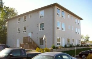 Bachelor Apartment available 20 min from Huntsville