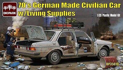 DIOPARK DP35018 German Made Civilian Car w/Living Supplies in 1:35