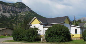 2 BDRM HOUSE FOR RENT IN CROWSNEST PASS,AB