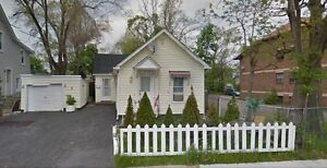 whole house, 2 bedrooms in bunglow, 6 Water st, Thorold, ON