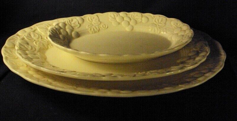 Metlox Antique Grape Oval Platter 6.5 X 9.5 Beige Poppytrail - $14.99
