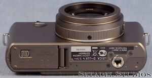 Leica D-Lux 4 Titanium Special Set Camera Outfit Mint [20692] Kitchener / Waterloo Kitchener Area image 6