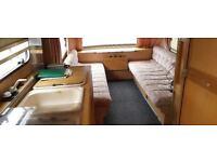 23.5ft Caravan
