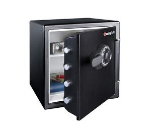 Sentry safe - Fire + water protection with combination lock