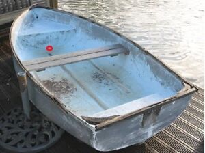 Looking for used small boat, kajak or rowboat.