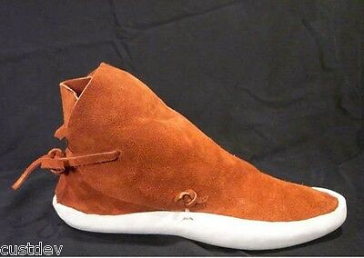 WOMAN's Rust TRADITIONAL NO BUTTON THICK SOLE MOCCASINS / Earthing Shoes