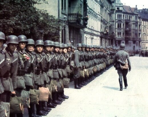 """German Soldiers lining up in 1941 8""""x 10"""" World War II WW2 Photo Picture 290"""