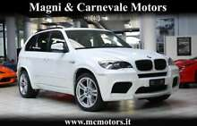 Bmw x5 m|1 prop|pari al nuovo|tetto panorama|head-up|full