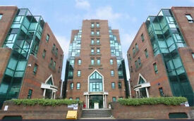 1 Bed Flat £1350 Available immediately
