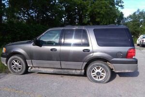 2005 Ford Expedition -2500$ negociable