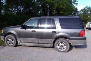 2005 Ford Expedition $ 1200