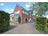 3 bedroom house in Kenilworth Drive, Walton-on-Thames, KT12