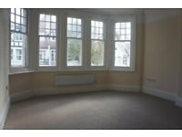 Studio flat in York Avenue - P1038