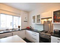 2 bedroom flat in High Street, Sevenoaks, TN13