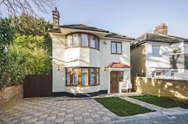6 bedroom house in Hillcourt Avenue, North finchley, London, N12