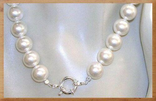 db8c9e6a7c23 CON BELLO CIERRE MARINERO. DE PLATA DE 1ª LEY 925. Este collar de perlas  shell (núcleo de concha) lo llevan muchas famosas (en fiestas
