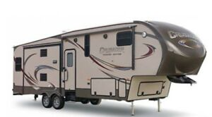2015 CRUSADER  Fifth Wheel Travel Trailer 295