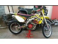 Suzuki RMZ 450 motoX bike 2010 loads of trick bits