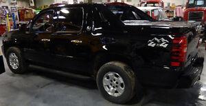 2013 Chevrolet Avalanche LS SUV, Crossover