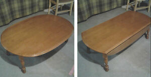 Coffee Table Folding ends - great condition London Ontario image 1
