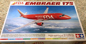 Tamiya 1/100 Embraer 175 Fuji Dream Airlines