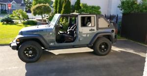 Jeep Wrangler Bestop Soft Top/Toit Mou ONLY