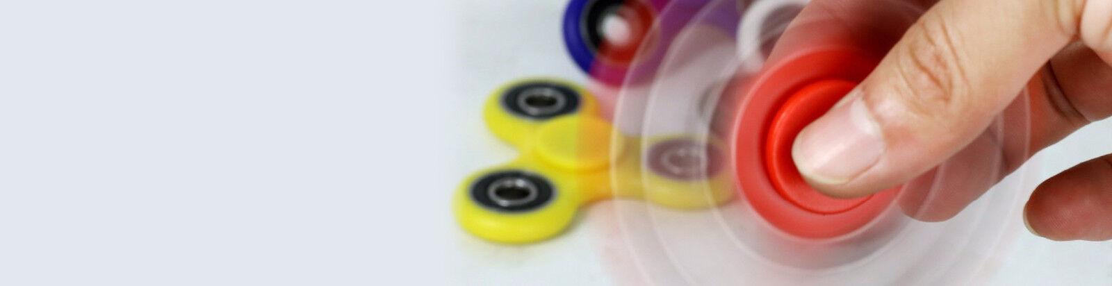 È il gioco del momento: scegli i tuoi Fidget Spinner preferiti!