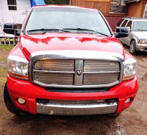 2006 Dodge 2500 MEGA CAB Laramie