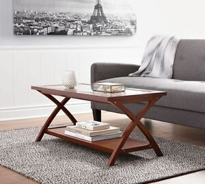 HOME TRENDS GLASS TOP COFFEE TABLE !!!JUST ASSEMBLED!!!