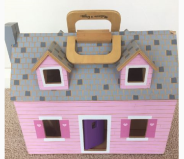 Melissa & Doug - Fold And Go Wooden Dollhouse Small