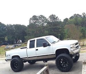 90s Chev or Gmc