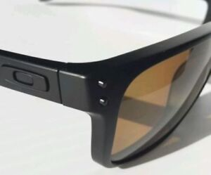 Oakley HOLBROOK with Bronze Polarized Lens, Brand New, for SALE.