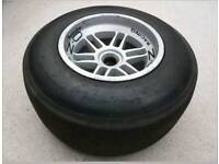 Formula 1 wheel and tyre f1