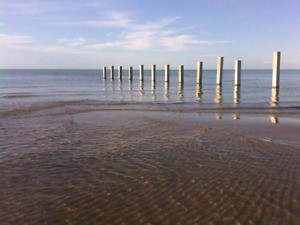 Weekly  cottage home rental Port Franks near Lake Huron beach.