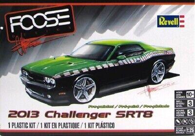 Revell 1/25 2013 Challenger SRT8 Foose Design Green/Black Ltd RMX4398