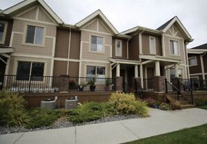 3 Bedroom Townhome Sherwood Park with Garage
